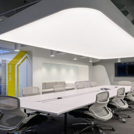 transparan gergi tavan aydınlatması